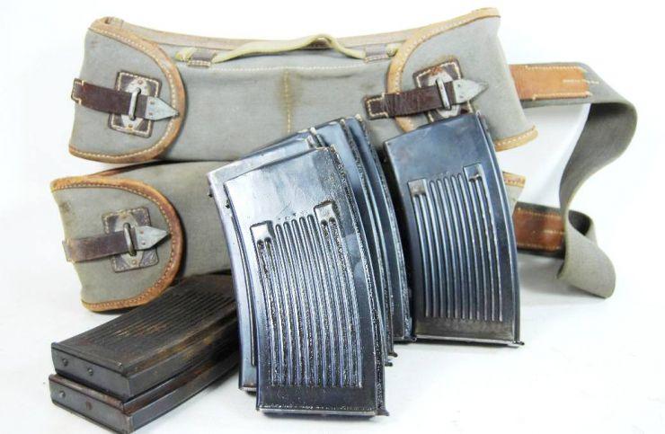 """Legión Cóndor/ Portacargadores de la MG13 con sus 8 Cargadores de """"1938"""""""