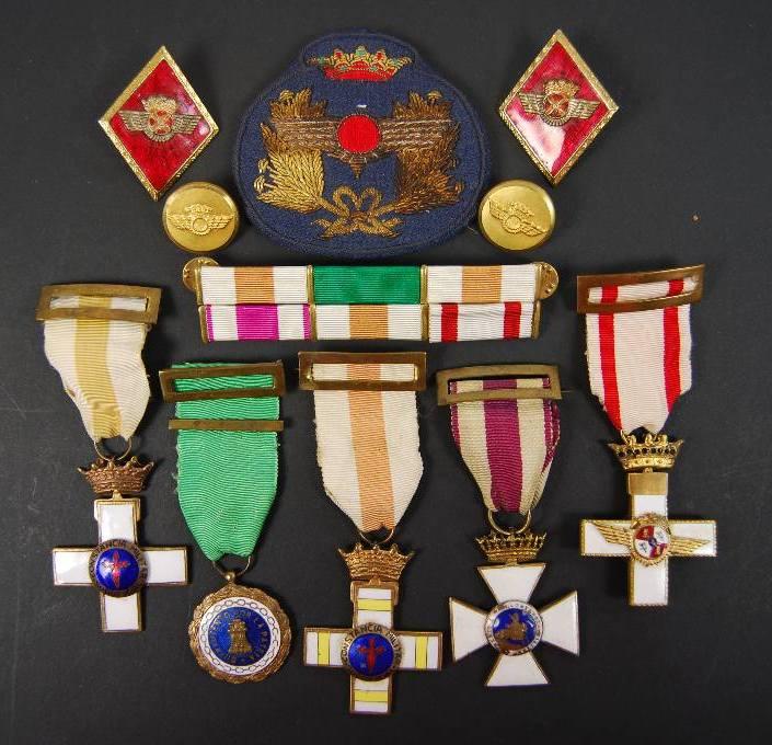 Medallas de un Suboficial del EA, Época Franco