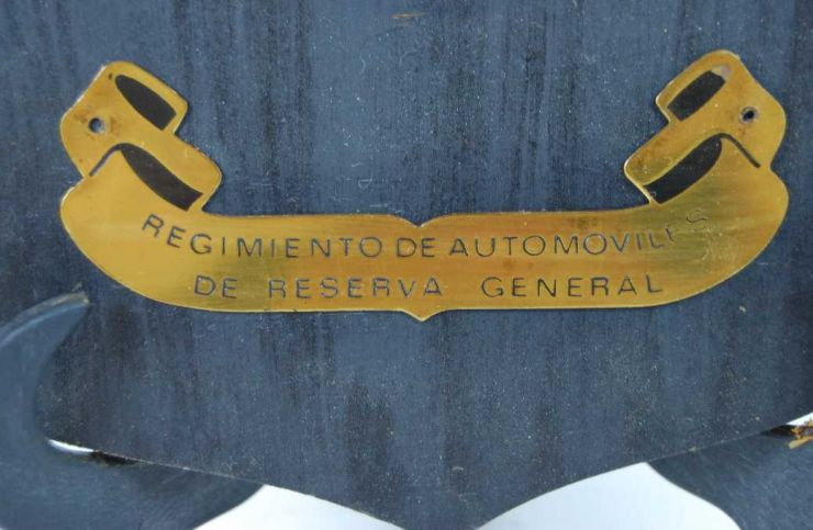 Metopa Epoca de Franco Regt. Autos R. General