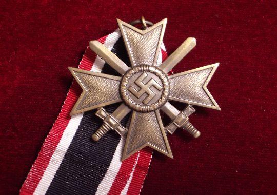 Cruz al Mérito de Guerra de Segunda Clase