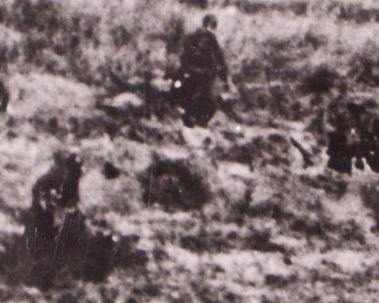 Foto de Prensa de infantería en el Frente del Este.