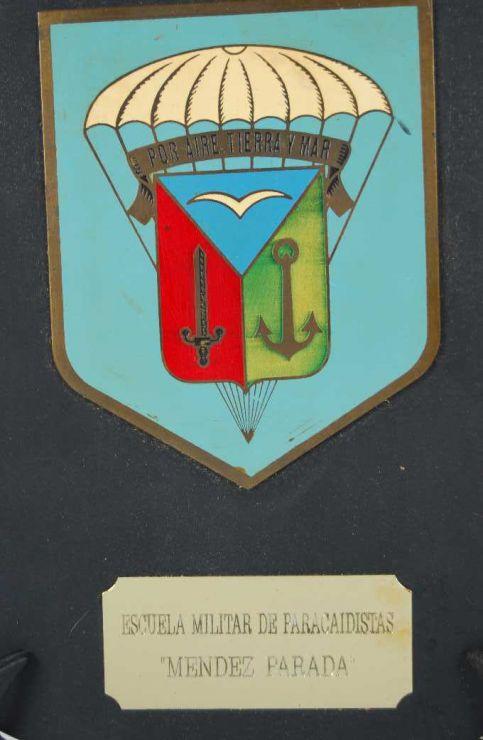 Metopa Epoca de Franco de la Escuela de Paracaidistas