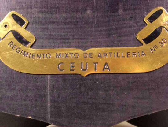 Metopa del Rgto. Mixto de Artillería 30 de Ceuta época Franco.