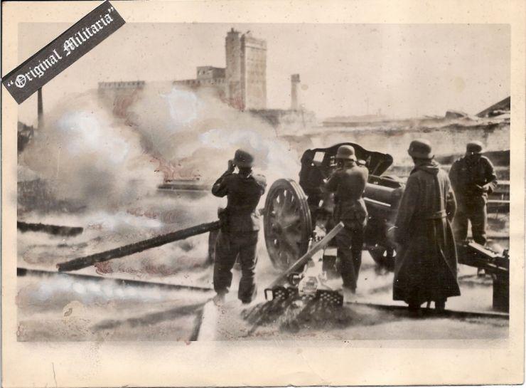 WH/ Foto de Prensa de un Pak en Stalingrado