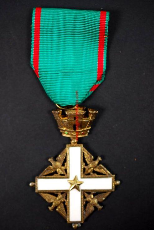 Orden de la República Italiana. Cruz de Caballero
