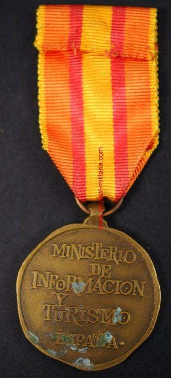 Medalla al Mérito Turístico con su Miniatura