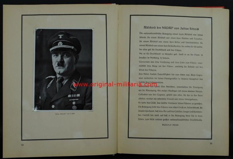 """Álbum """"Adolf Hitler"""" de 1936 con su Caja"""