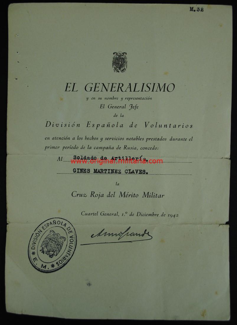 """Concesión 1er Modelo de la """"Cruz Roja al Merito Militar"""" a un soldado de la División Azul"""