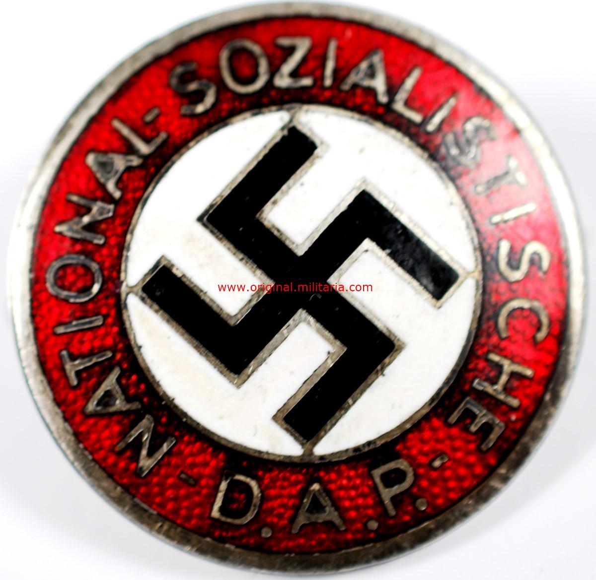 """NSDAP/ Insignia Transicional con """"RZM y Ges. Gesch"""""""