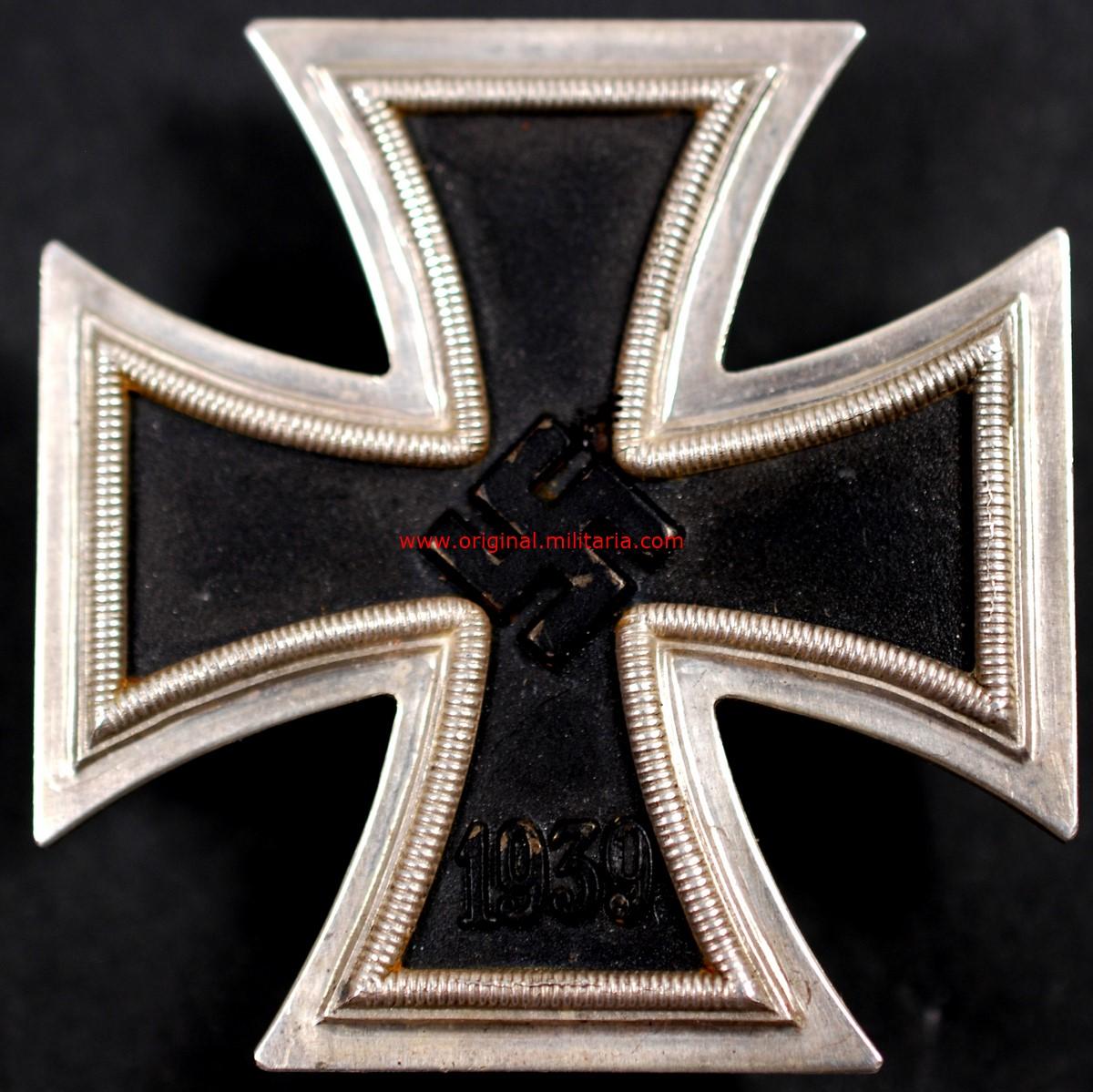 """Estuche con Ek1 1939 Código """"1"""""""
