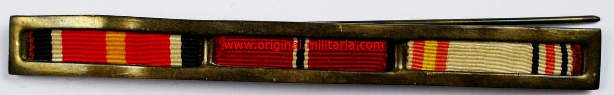 WH/DA, Pasador Español con Tres Medallas