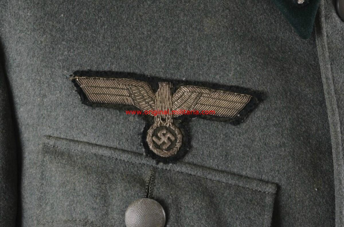 WH/HEER,  Guerrera de Campo de Teniente del 19 Regt. de Infantería