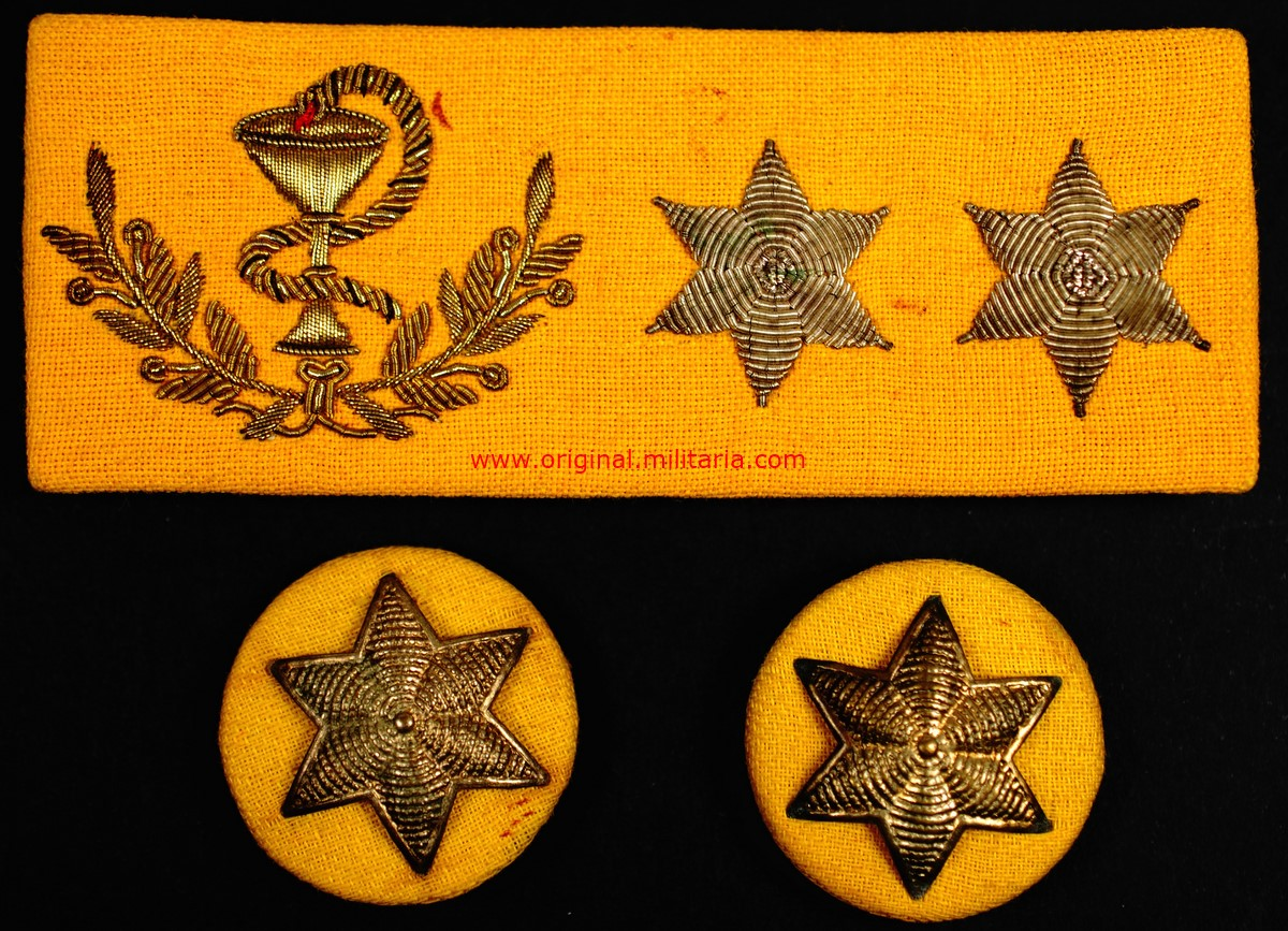 Galleta y dos Estrellas para Teniente de Farmacia de Guerra Civil