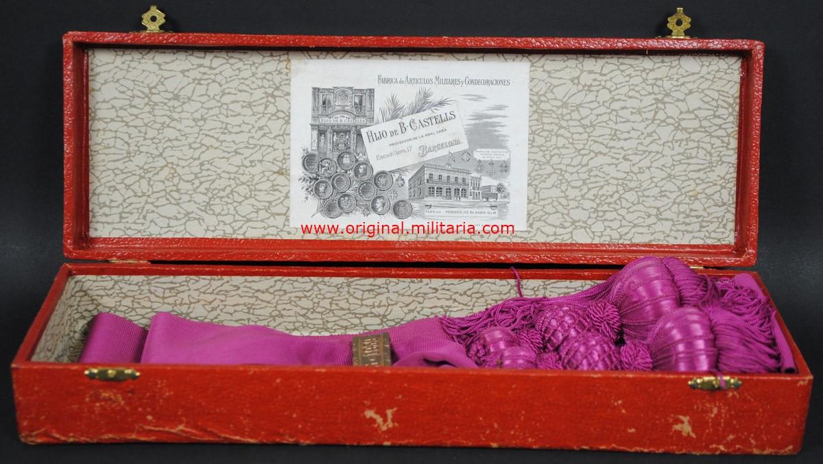 Estuche con Banda de la Victoria para Jefes y Oficiales 1936-1939 de Castells