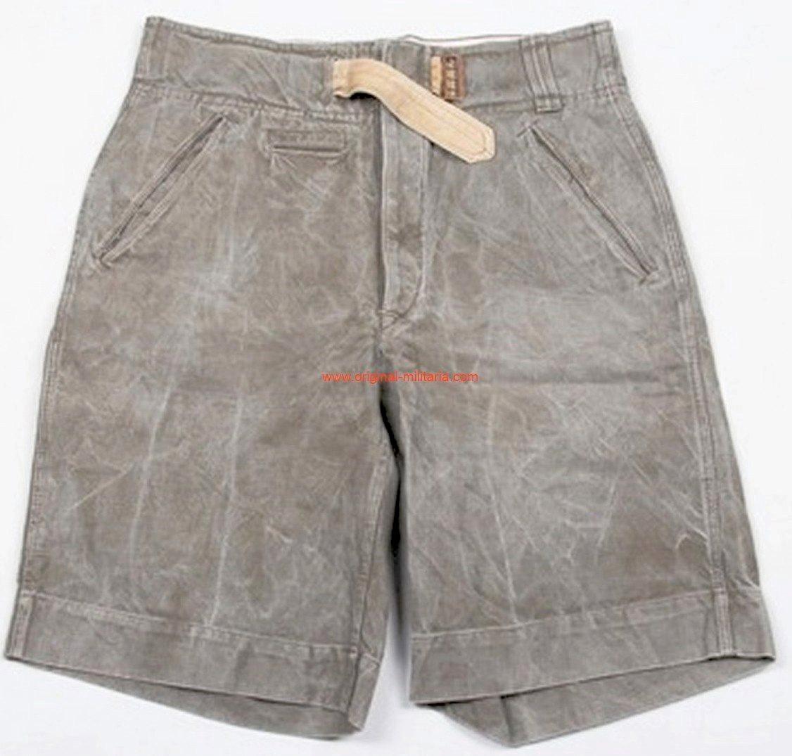 DAK/ Pantalones Cortos de 1941