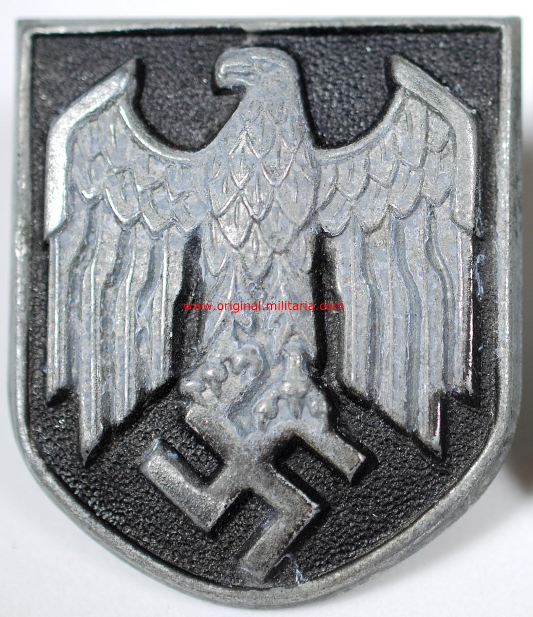 WH/DAK, Escudo con Emblema Nacional