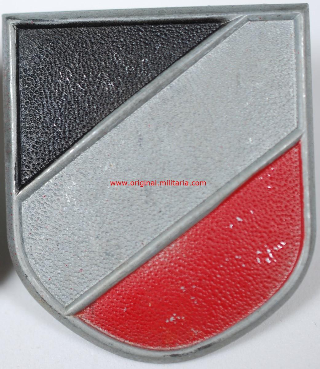 WH/DAK, Escudo Tricolor para Salacot